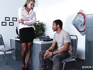 Secretary Nikki Sexx drops the brush clothes to have sex with a younger weasel words