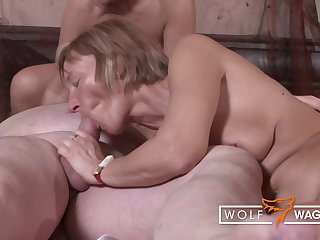 Hot Swinger Partywith Granniesand Grandpas - Porno Klau