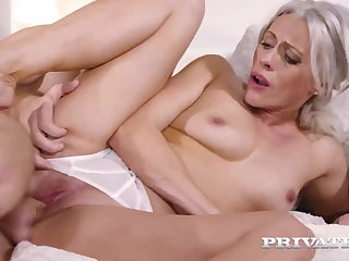 Private.com - Therapist Brittany Bardot Has Anal Session!