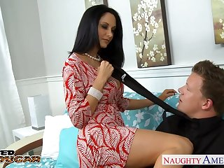 Having middle of BJ bootylicious low-spirited Ava Addams gets hammered doggy