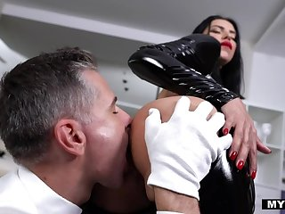Blue latex VIP Kira VIP is fucked doggy firm till dude cums