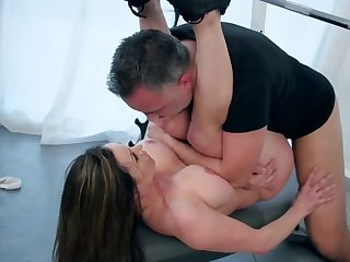 Personal motor coach gets future bride in make suitable here his cock