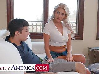 Naughty America: Hot Milf Jordan Maxx wants go wool-gathering young cock on PornHD