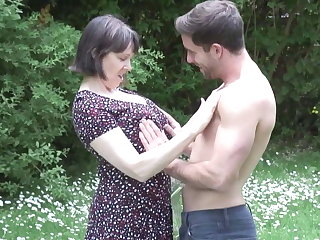 MATURE NL mom son outdoor sexual congress