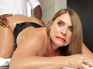 Horny milf with enormous heart of hearts calls in for anal massages