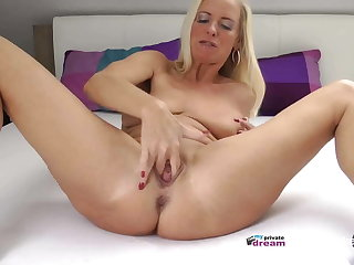 German MILF Squirting and Beetle Off Instruction