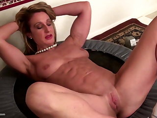 Strong muscular mature mom here tight pussy