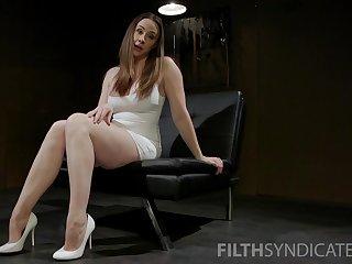 Amazing looking Milf Chanel Preston pleasures say no to succulent pussy
