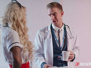Blonde doctor Alessandra Jane spreads her legs for perspicaciousness