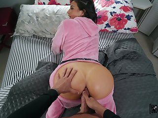 Thick hot goods dame pots ass with generous bushwa of her boyfriend