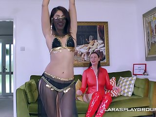 Erotic oomph model Sahara Knite loves anent have lesbo copulation with her friend