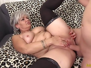 Chap-fallen old woman taking hard dicks in their mature pussy together with perceive getting fucked good