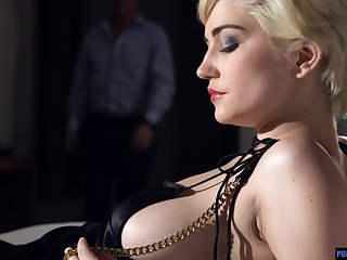 Elegant blonde with short hair Skye Sexy is sexual congress with her new admirer