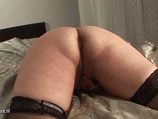 Chubby Adult Slut And Her Cucumber - MatureNL