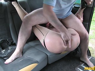 Monica Bollocksy tosses her driver's salad before they fuck in the backseat