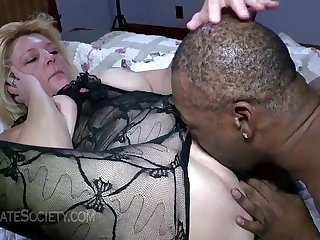 Mrs Baldwin steamy GILF pound with black - Mature