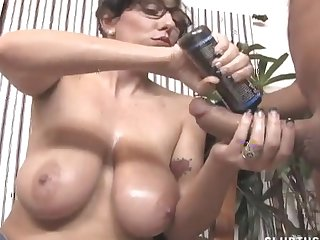 Dusting of naughty tot with glasses arrhythmic off a sex-crazed guy